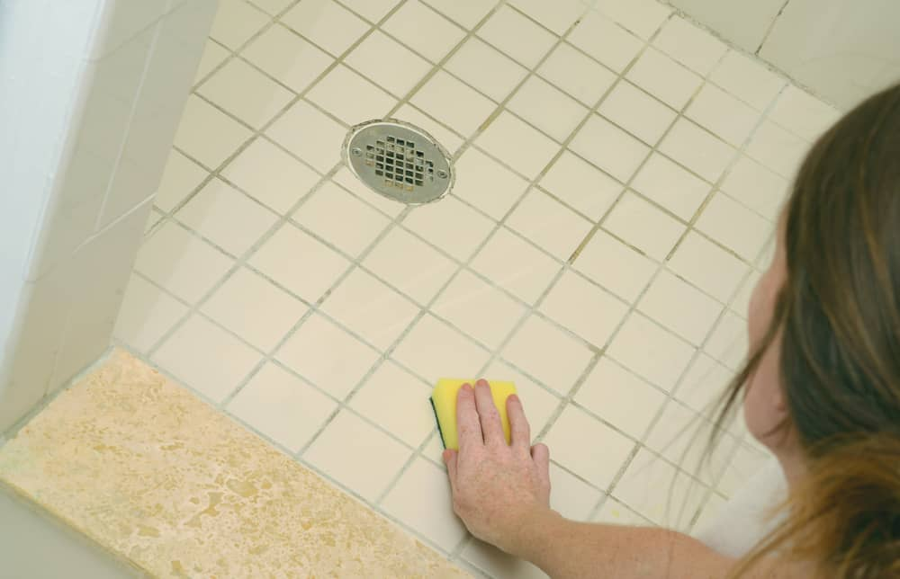 how to get rid of black mold in shower caulk