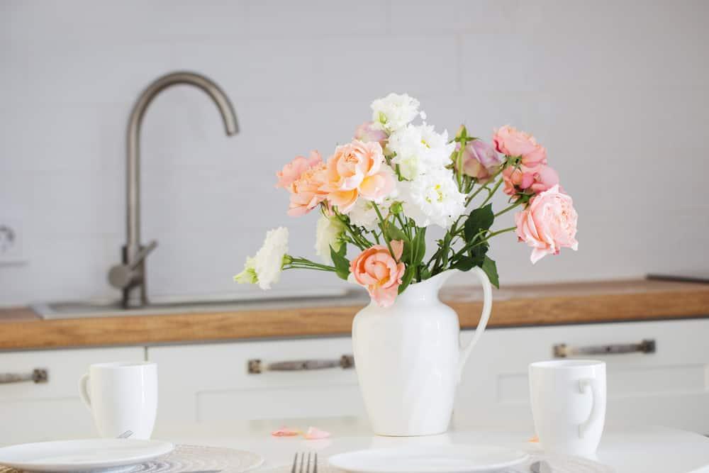 kitchen table decorations ideas