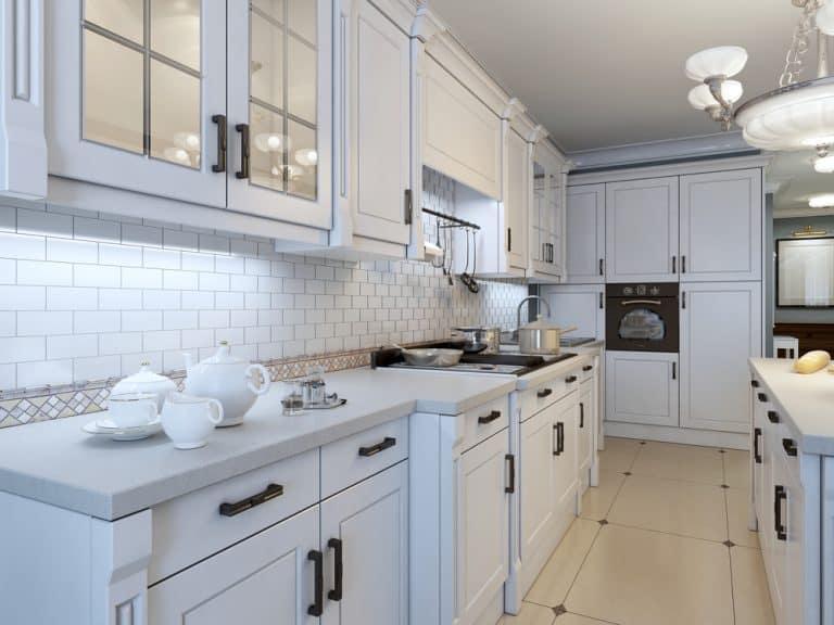 white kitchen backsplashes ideas